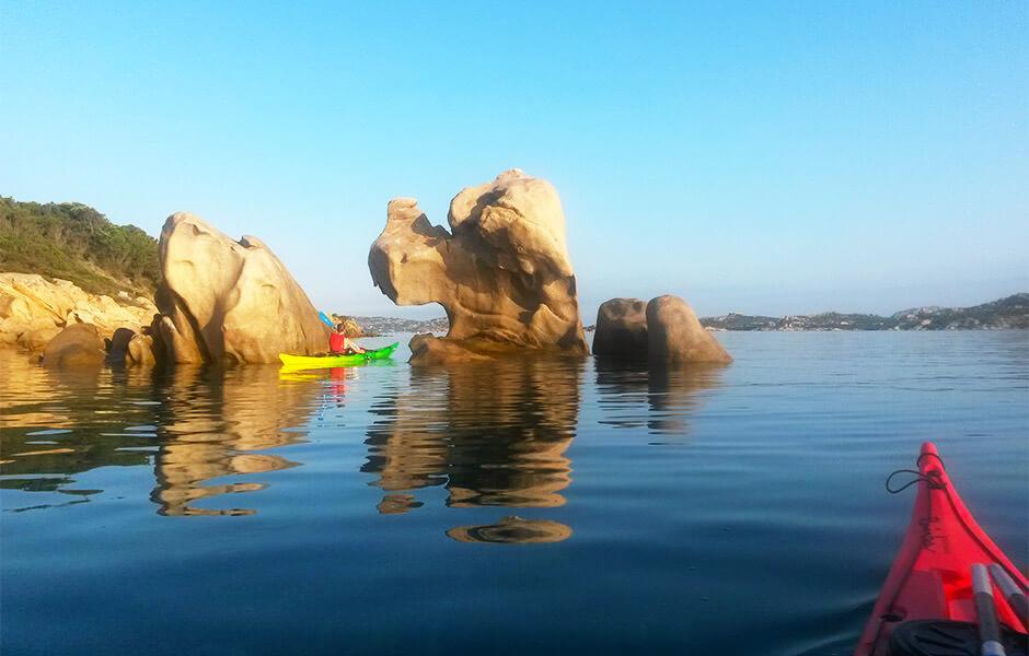 cosa fare a Settembre in Sardegna. Kayak