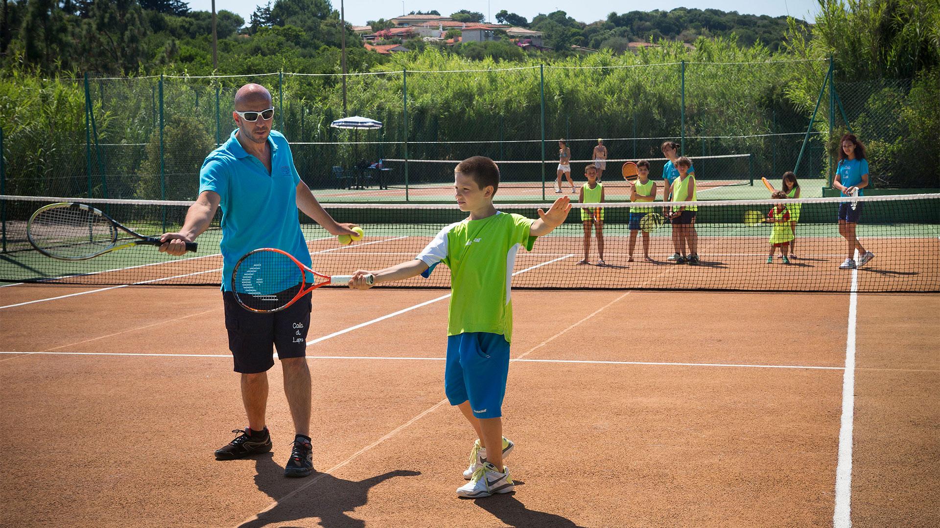 delphina-hotels-slider-sport-tennis-sardegna