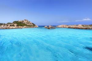 Diving nel Nord Sardegna. i tesori sommersi nel mare della Gallura