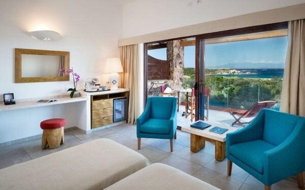 family-suite-erica-executive-vista-mare-santa-teresa-gallura