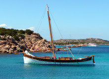 gruppo delphina gallery escursioni barca leonidas  Palau, Cala Capra Сардиния - Италия