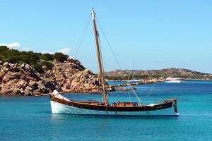 gruppo delphina gallery escursioni barca leonidas  Palau, Cala Capra Cerdena - Italia