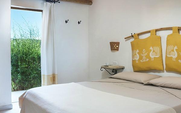 hotel-cala-di-lepre-senior-suite-palau-05