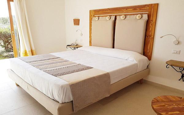 hotel-cala-di-lepre-suite-deluxe-palau-01