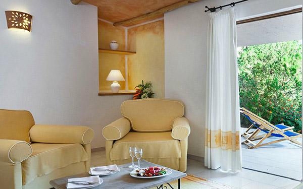 hotel-cala-di-lepre-suite-deluxe-palau-02