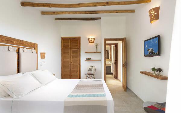 hotel-cala-di-lepre-suite-deluxe-palau-05
