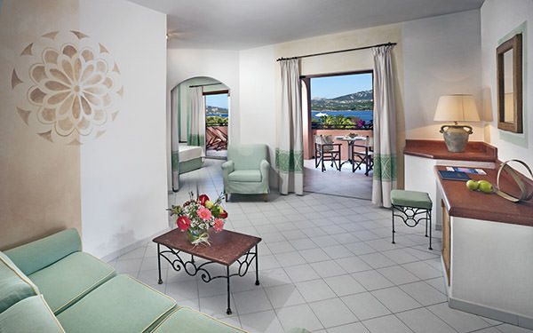 hotel-cala-falco-junior-suite-vista-mare-cannigione-01