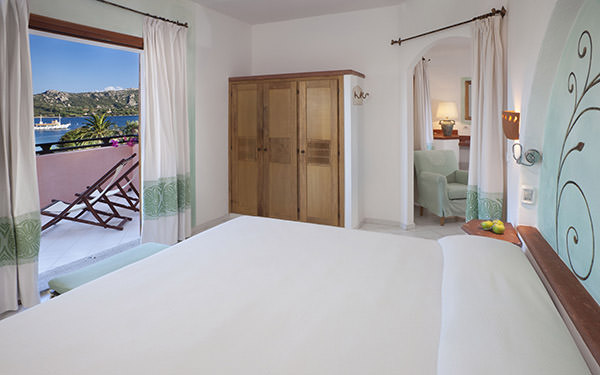 hotel-cala-falco-junior-suite-vista-mare-cannigione-02