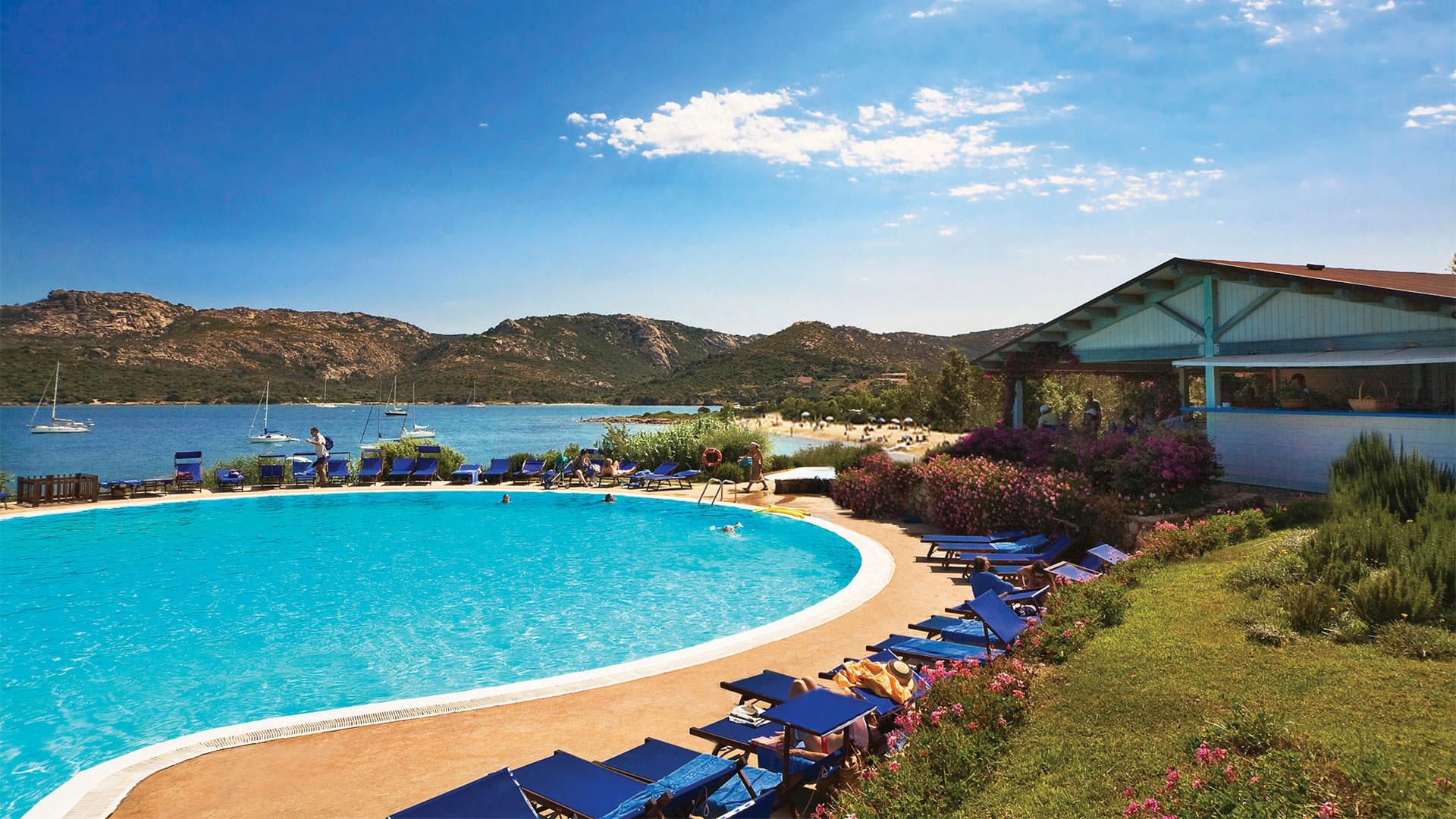 hotel-cala-lepre-slider-mare-spiaggia-piscina-bimbi-palau-mini1