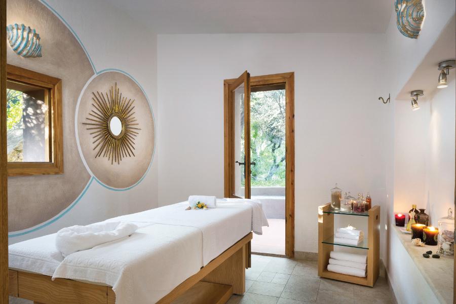 hotel-capo-d-orso-gallery-benessere-incantu-piscine-palau2