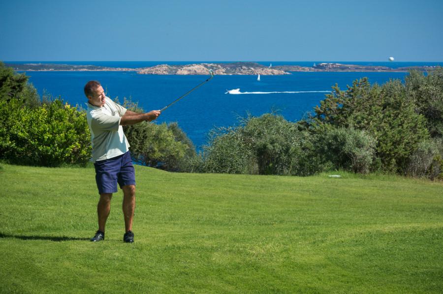 hotel-capo-d-orso-gallery-servizi-golf-pitch-putt-palau