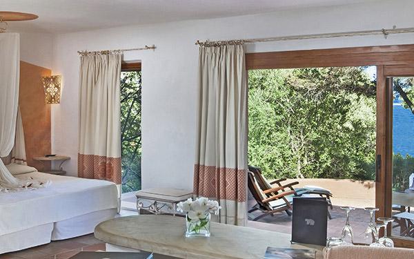 hotel-capo-orso-junior-suite-cardinal-vista-mare-palau-03