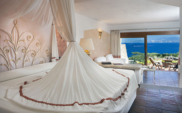 hotel-capo-orso-junior-suite-executive-palau-3
