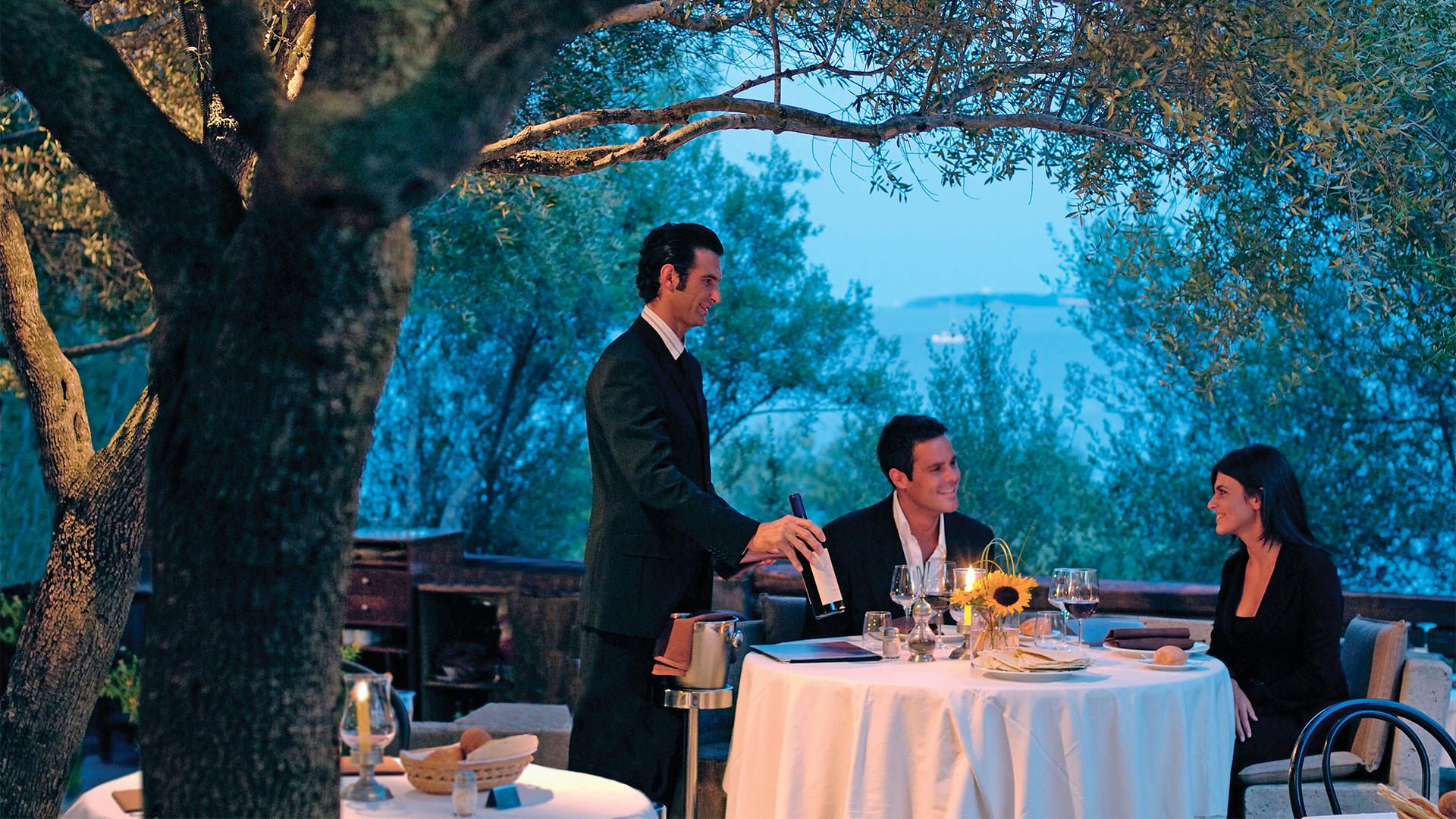 hotel-capo-orso-slider-ristoranti-olivastri-palau-1-mini