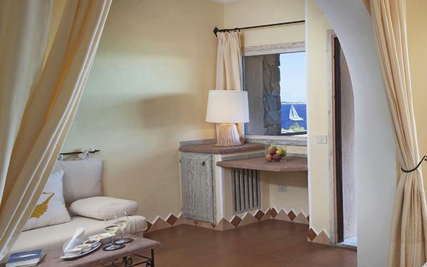 hotel-capo-orso-suite-family-vista-mare-palau-02