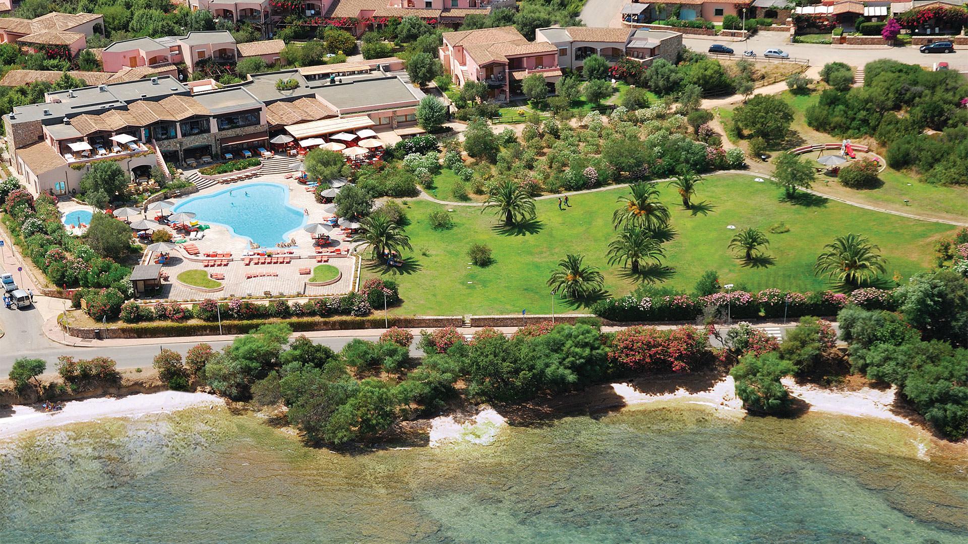 hotel-falco-spiaggia-mare-cannigione-mini