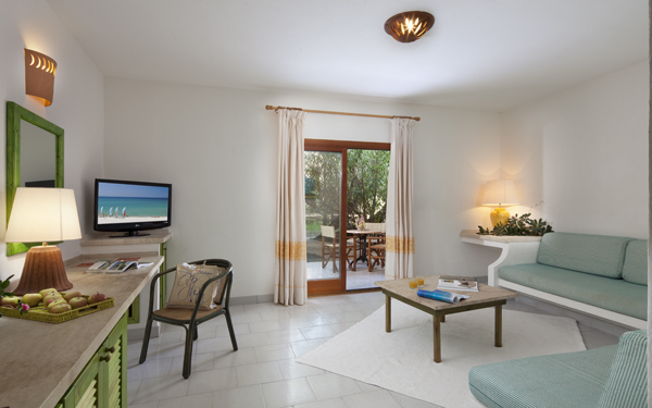 hotel-i-ginepri-familiy-suite-badesi-01