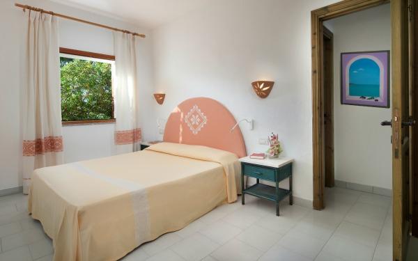 hotel-i-ginepri-familiy-suite-badesi-03