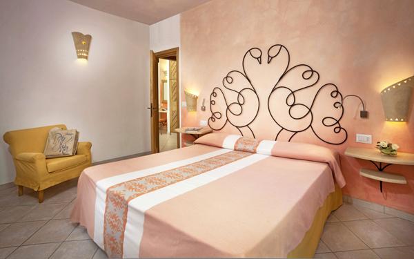hotel-le-sabine-suite-badesi-02