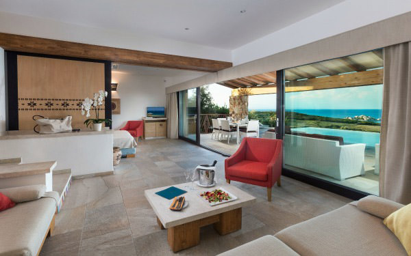 hotel-licciola-suite-arcipelago-vista-mare-piscina-santa-teresa-gallura-02
