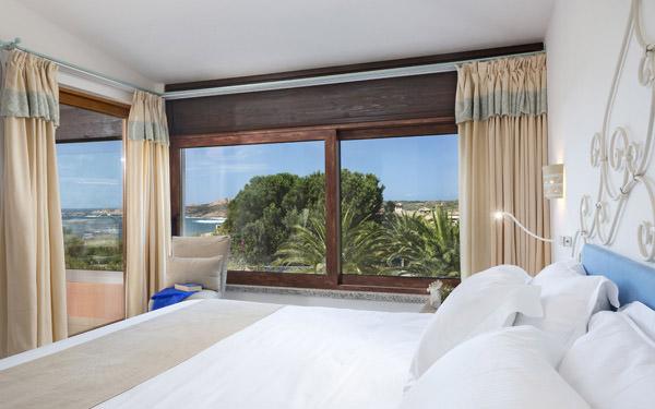 hotel-marinedda-junior-suite-isola-rossa-02