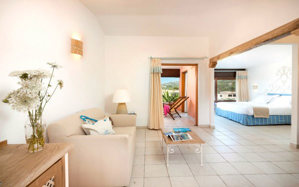 hotel-marinedda-junior-suite-isola-rossa-04