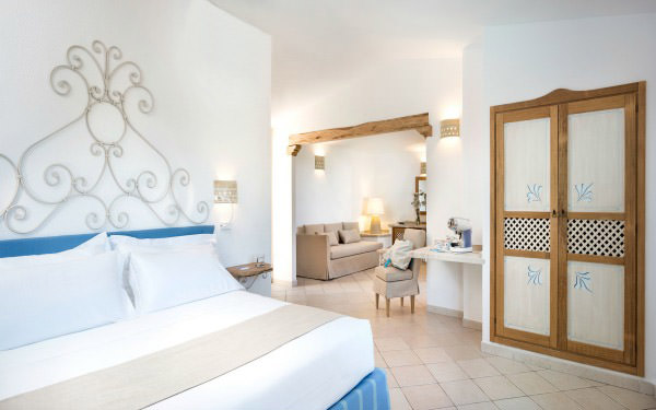 hotel-marinedda-junior-suite-isola-rossa-06