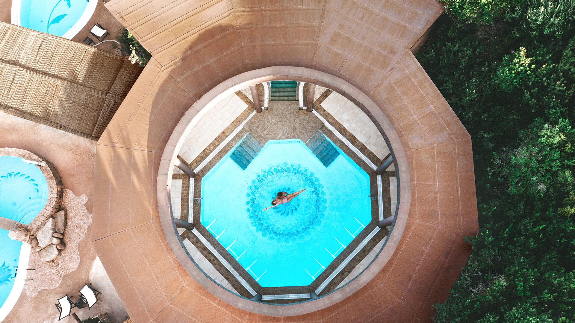 hotel-marinedda-piscine-thalasso-sardegna-isola-rossa