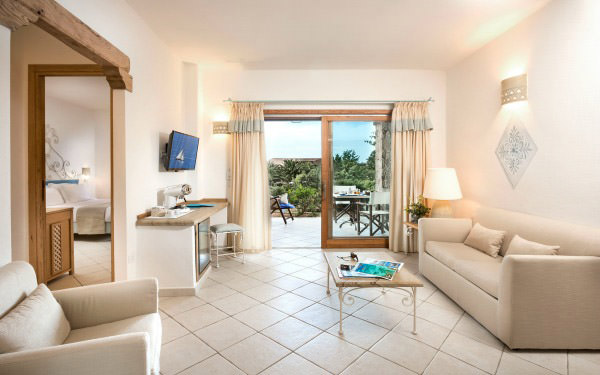 hotel-marinedda-senior-suite-family-isola-rossa-02