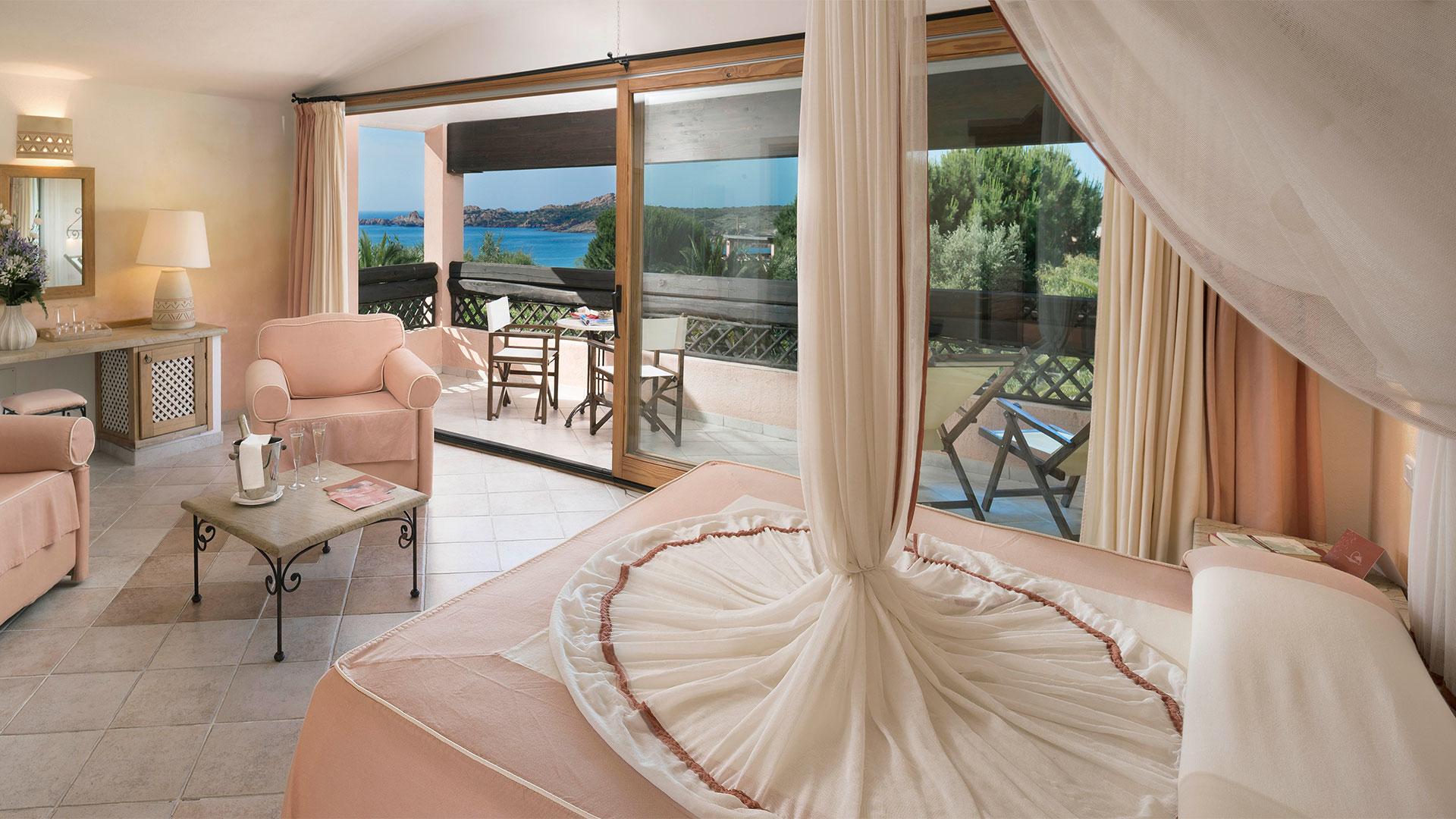 hotel-marinedda-slider-camere-royal-suite-mare-2
