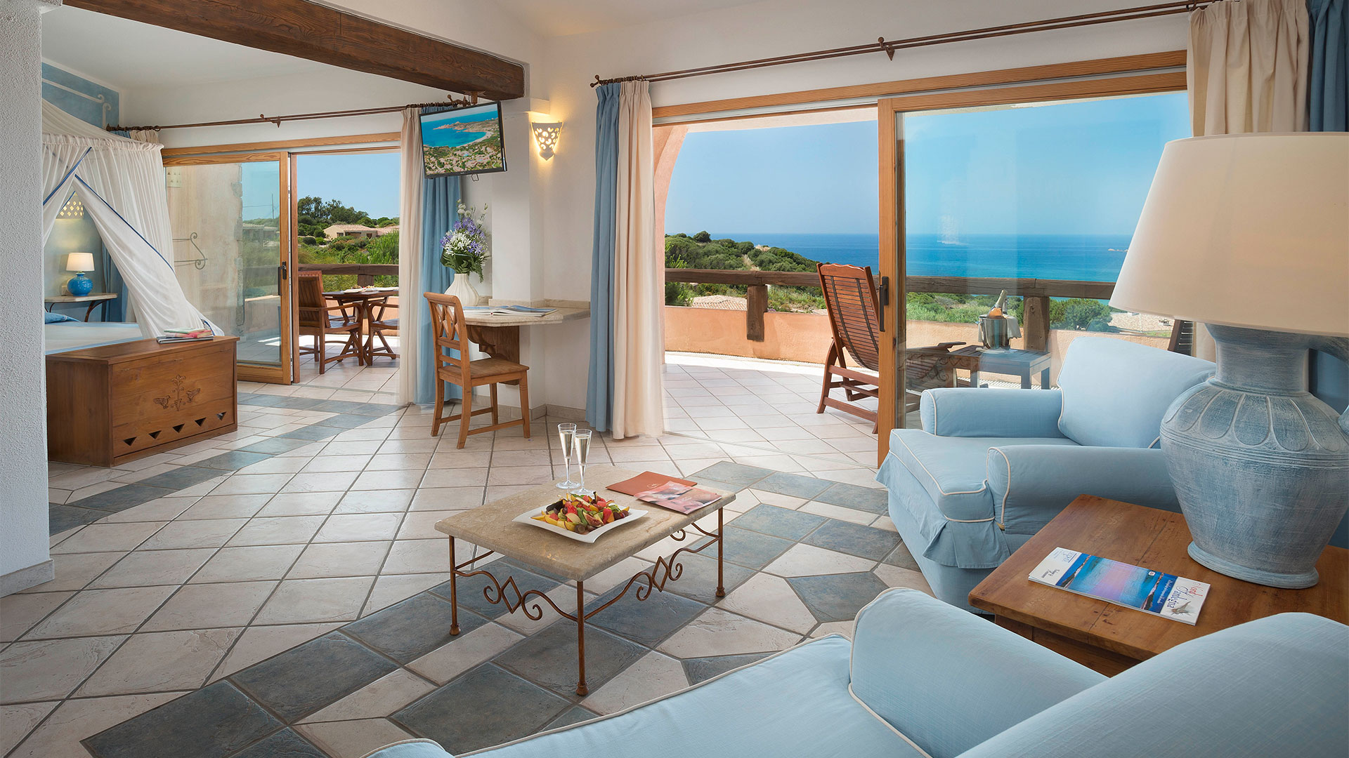hotel-marinedda-slider-camere-suite-president-mare-sardegna-1