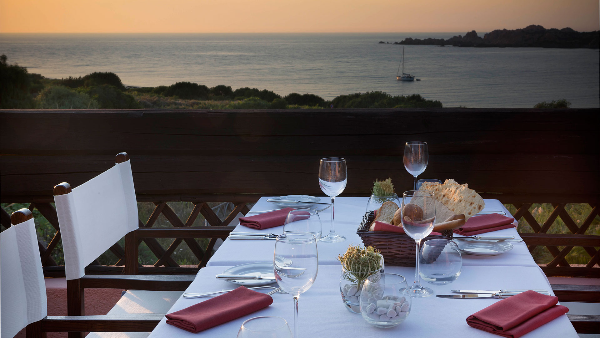 hotel-marinedda-slider-ristoranti-sardegna-mare-isola-rossa-5