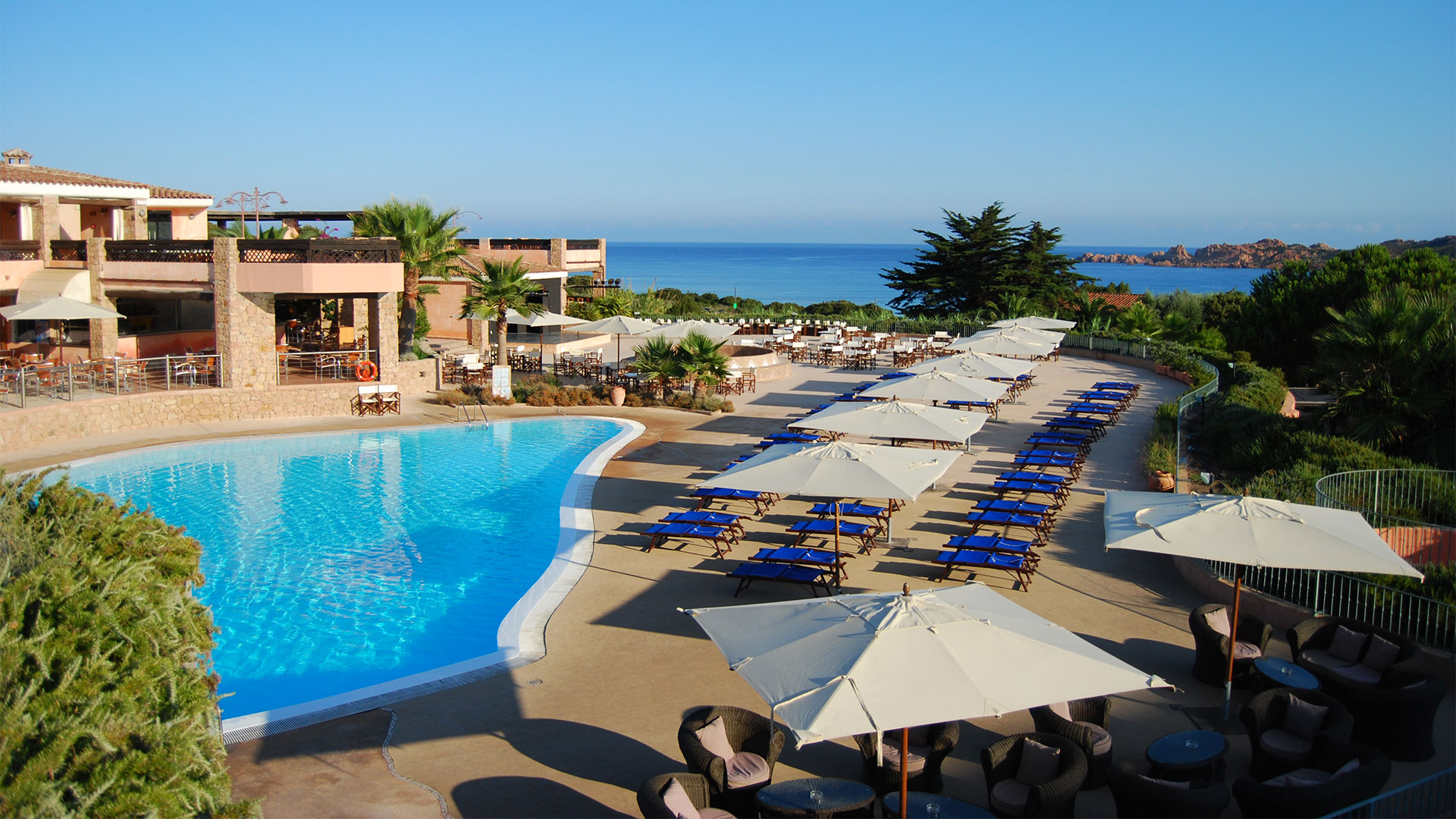 hotel-marinedda-slider-servizi-piscina-sardegna-mare-isola-rossa-3