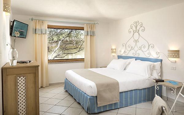 hotel-marinedda-suite-isola-rossa-04