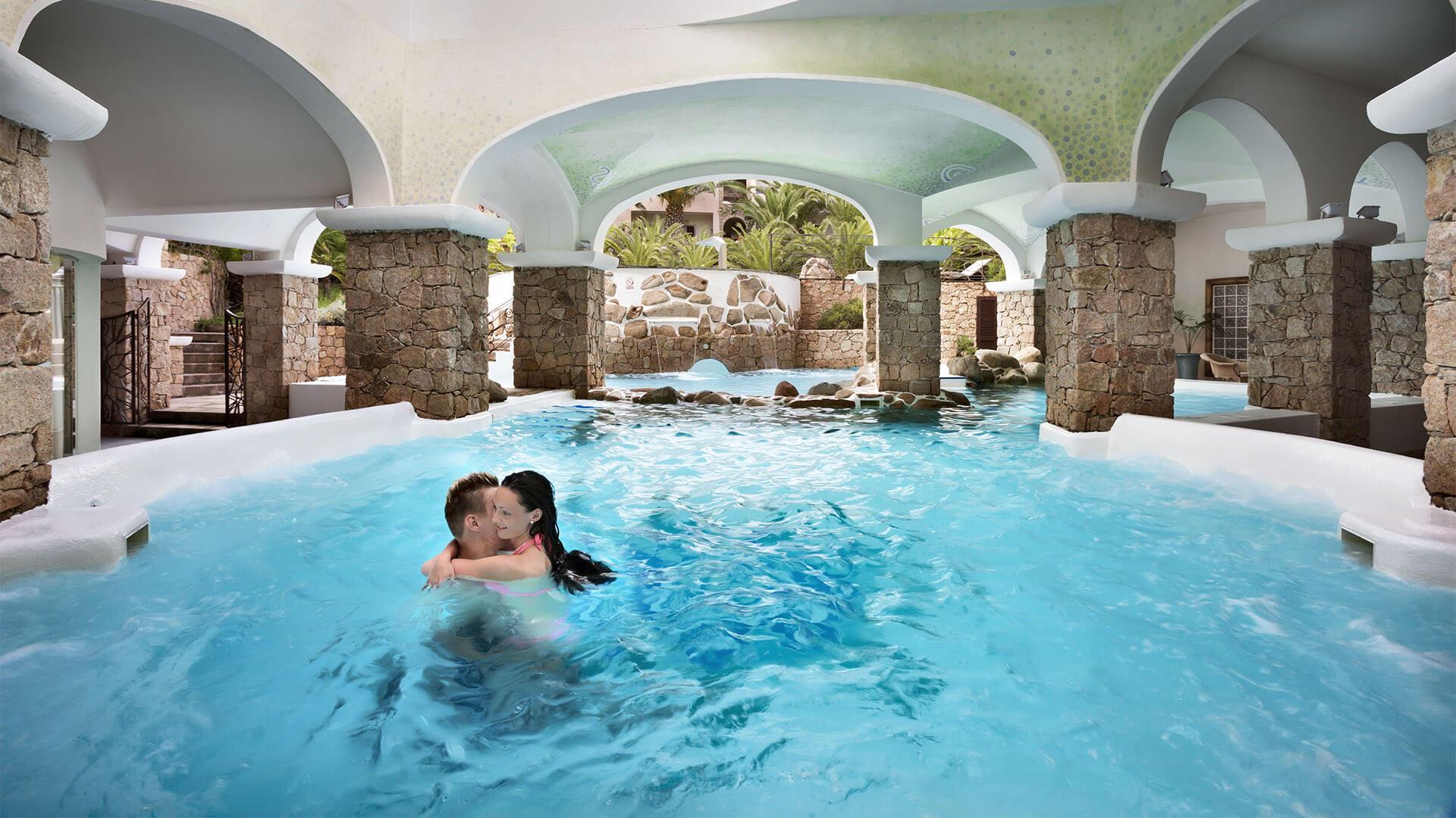 hotel-torreruja-isola-rossa-piscine-thalasso