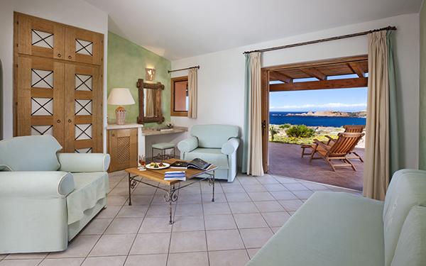 hotel-torreruja-master-suite-isola-rossa-04