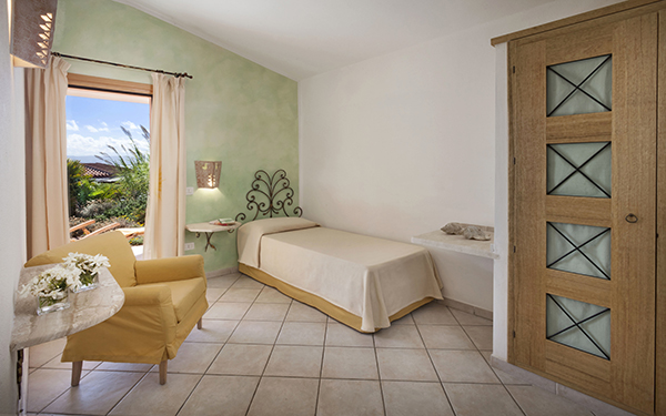 hotel-torreruja-master-suite-isola-rossa-08