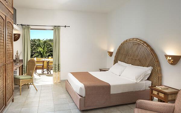 hotel-torreruja-standard-special-isola-rossa