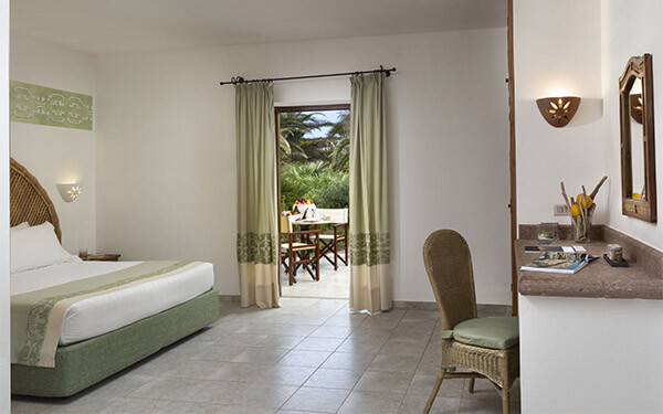 hotel-torreruja-superior-isola-rossa-01