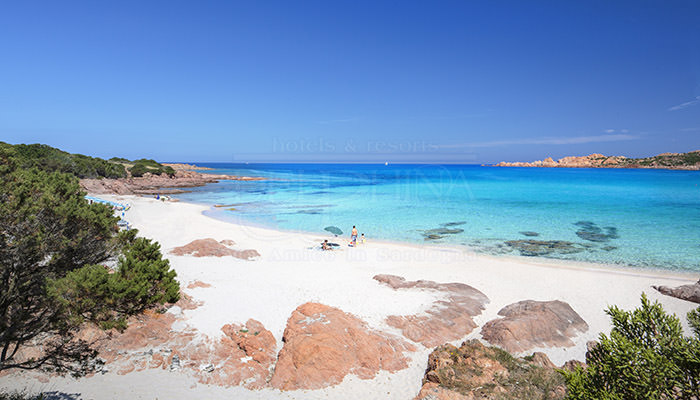 Cartina Sardegna Isola Rossa.Isola Rossa L Oasi Relax Del Nord Sardegna