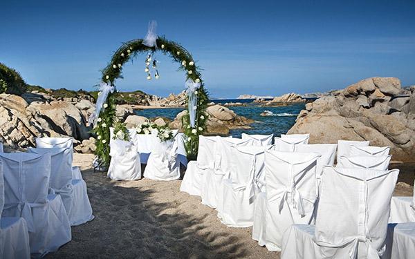 Matrimonio Spiaggia Sardegna : Location per matrimoni nella sardegna del nord delphina
