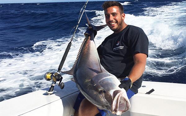 Pesca sportiva a traina o bolentino in Sardegna