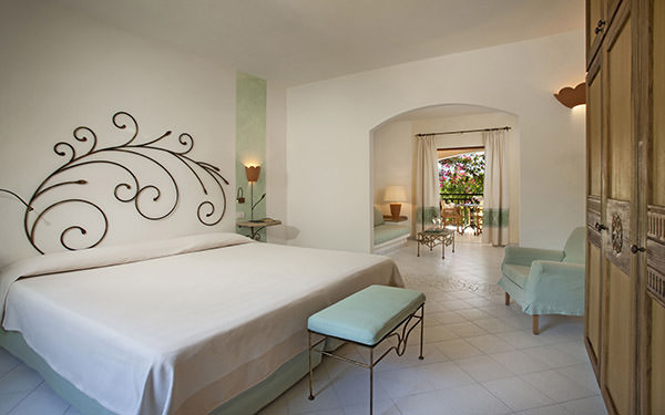 resort-cala-di-falco-family-suite-cannigione