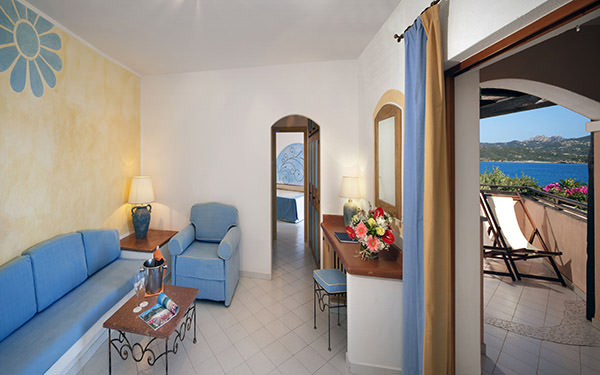resort-cala-di-falco-suite-cannigione-03