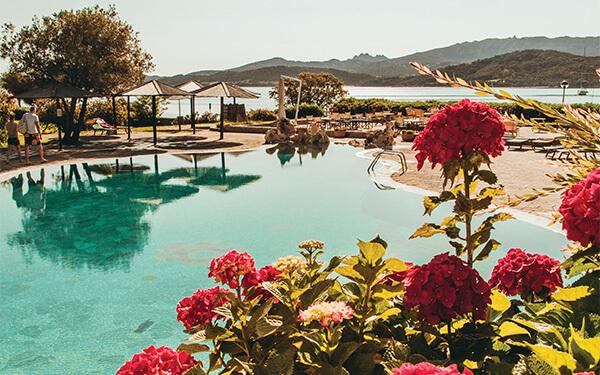 Resort Cala di Falco. Al centro della voglia di fare.