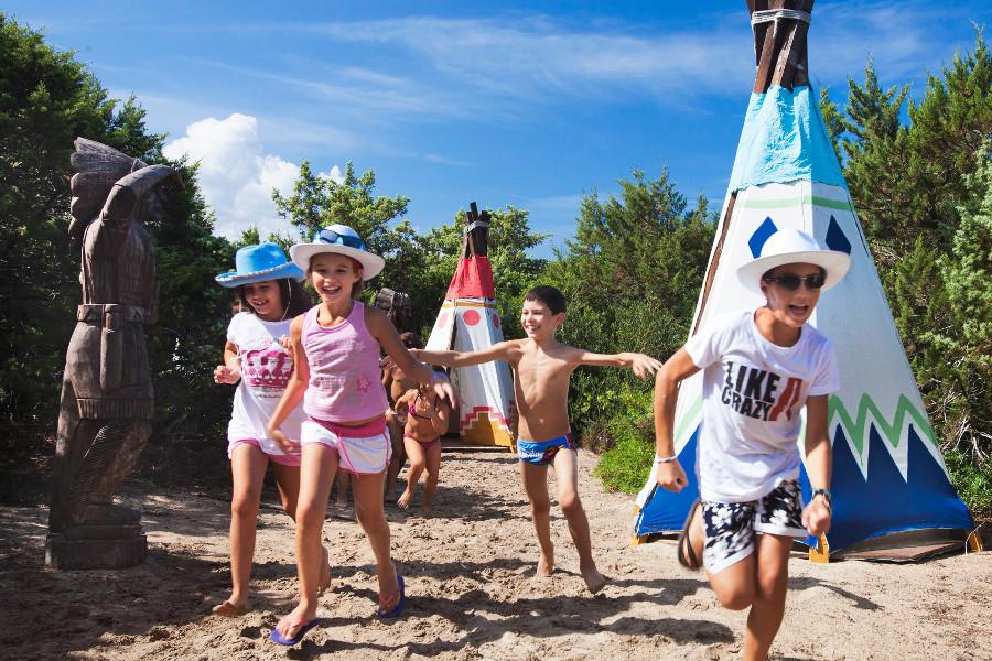 Villaggio Fantasia Delphina Resort Le Dune Badesi Sardinien - Italien