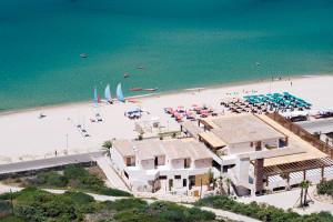Предложение 4 * отеля на Сардинии от € 564