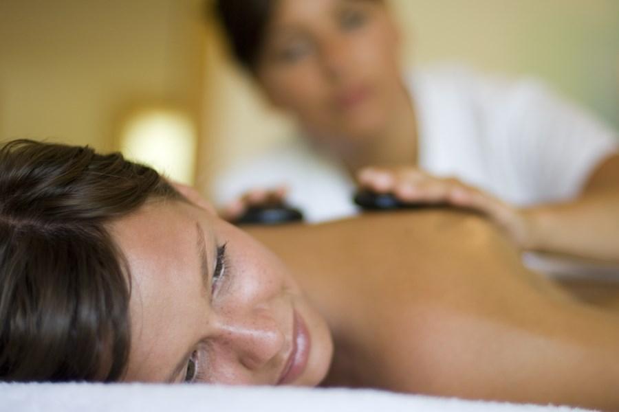 resort-valle-dell-erica-gallery-centro-benessere-massaggi-pietre-santa-teresa-gallura
