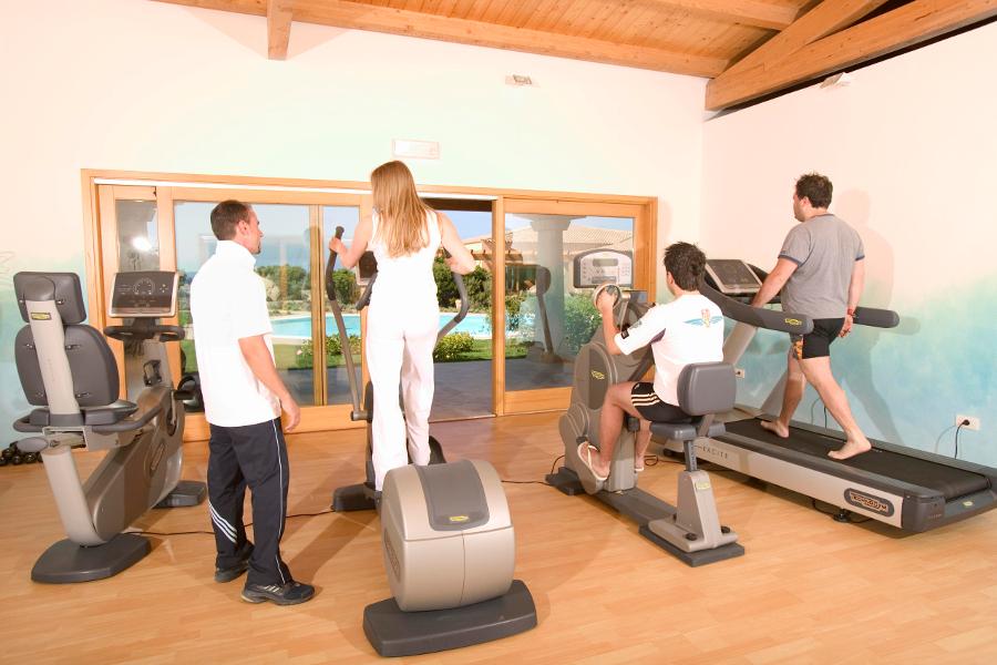 resort-valle-dell-erica-gallery-centro-benessere-sala-fitness-santa-teresa-gallura