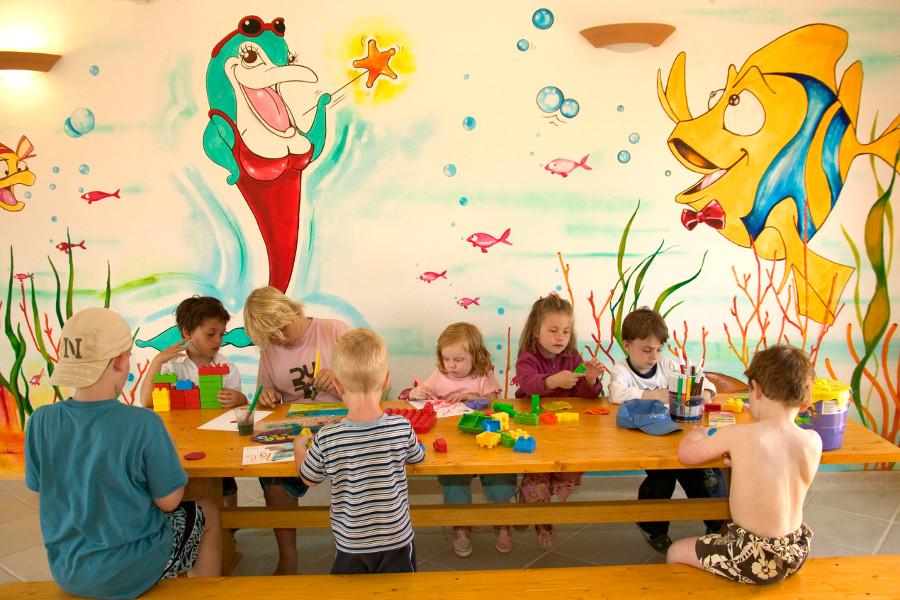 resort-valle-dell-erica-gallery-servizi-intrattenimento-bambini-santa-teresa-gallura-2